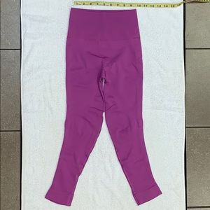 Lululemon Lilac In the Zone HR Compress Leggings 4